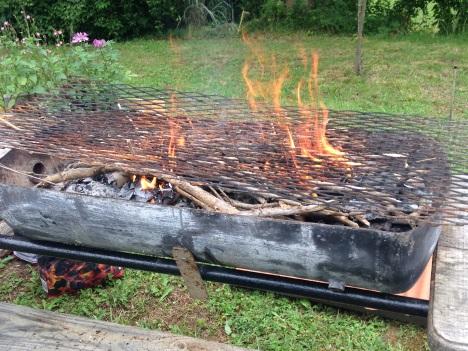 Allumage du barbecue positionner la grille sur la cuve